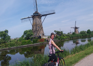 Christine in the sun at Kinderdijk